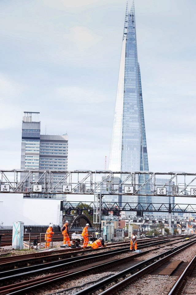 Last few days for passengers to plan their journeys ahead of Network Rail's bumper Christmas investment: LondonBridgeNov