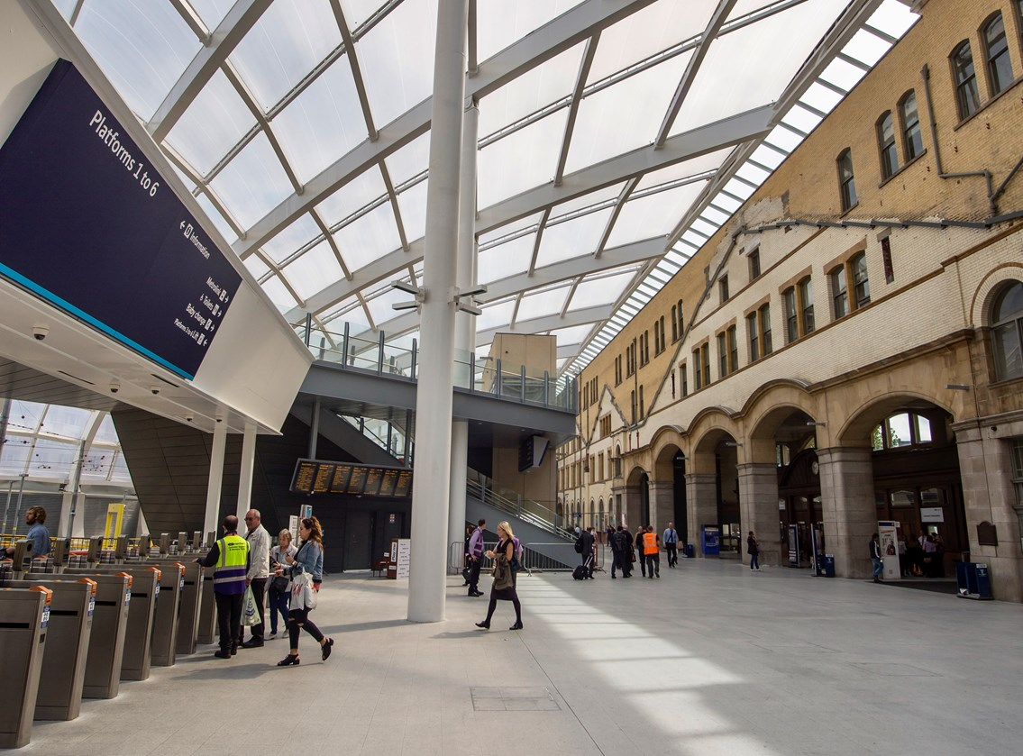 Free toilets and better facilities as part of £1m Manchester Victoria investment: Manchester Victoria concourse