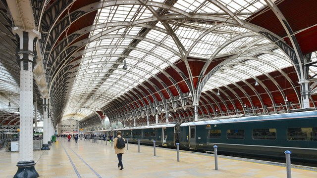 WiFi boost for London Paddington station: WiFi at London Paddington station