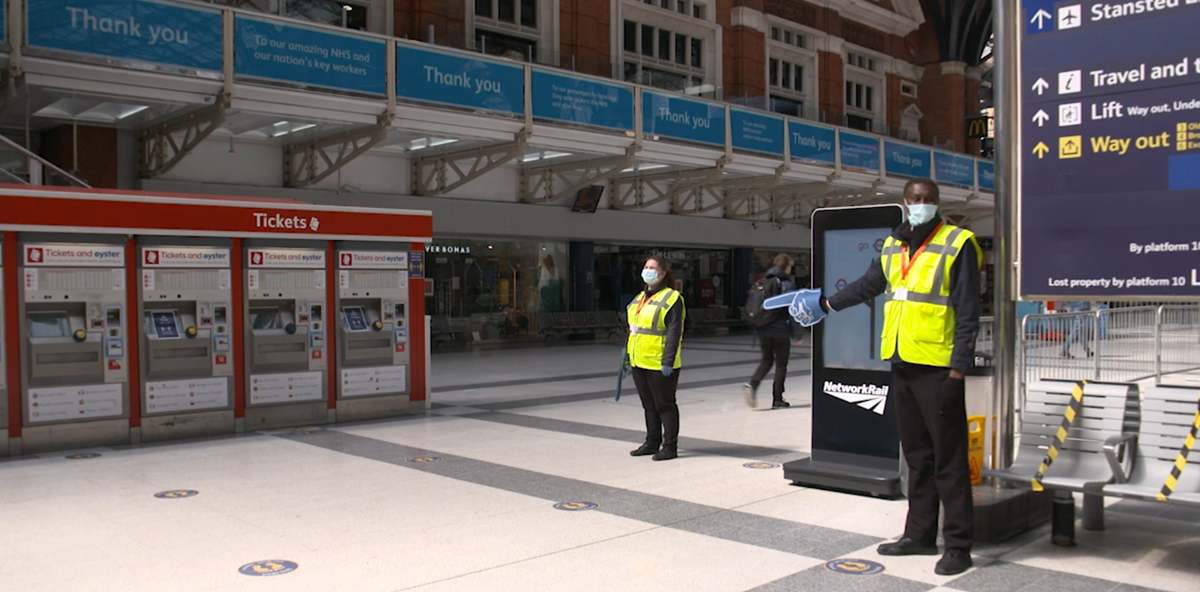 Social Distancing - Liverpool St Station - Staff
