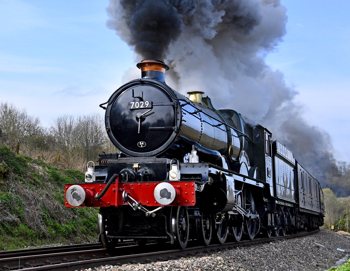 Rail enthusiasts urged to stay safe as historic engine steams to Ironbridge: Clun Castle steam locomotive - Photo credit: Vintage Trains