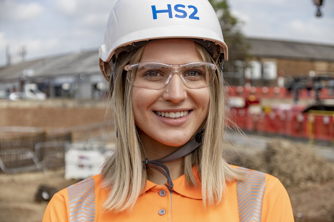 HS2 celebrates Apprentices Award by highlighting outstanding female apprentice on International Women in Engineering Day: Julia HS2 apprentice 1