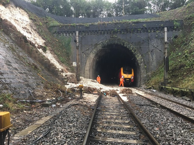 Partial-derailment at Watford tunnel - Virgin resuce train in distance: From incident http://www.networkrailmediacentre.co.uk/news/statement-regarding-incident-on-the-west-coast-main-line-near-watford