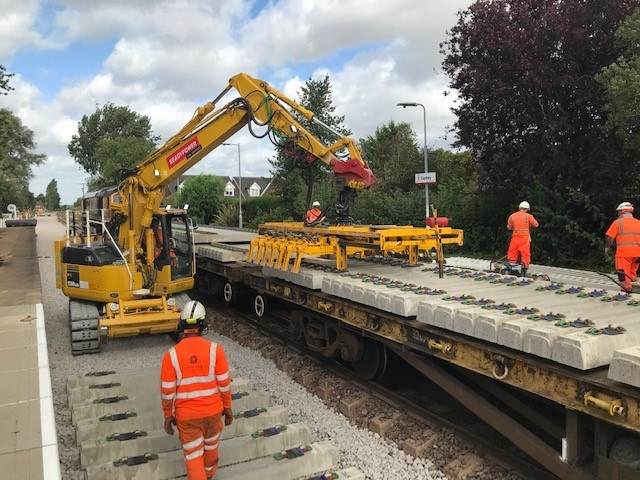 More reliable rail journeys between Norwich and Lowestoft after track upgrade: Cantley renewals 1