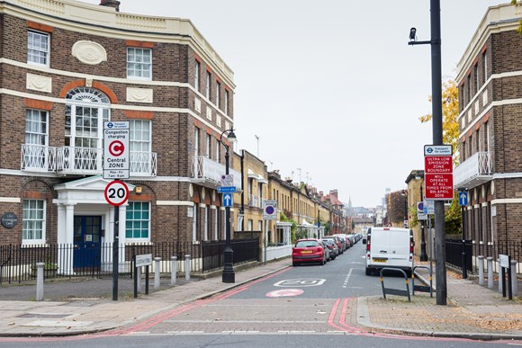 TfL Image - Ultra Low Emission Zone signs 01