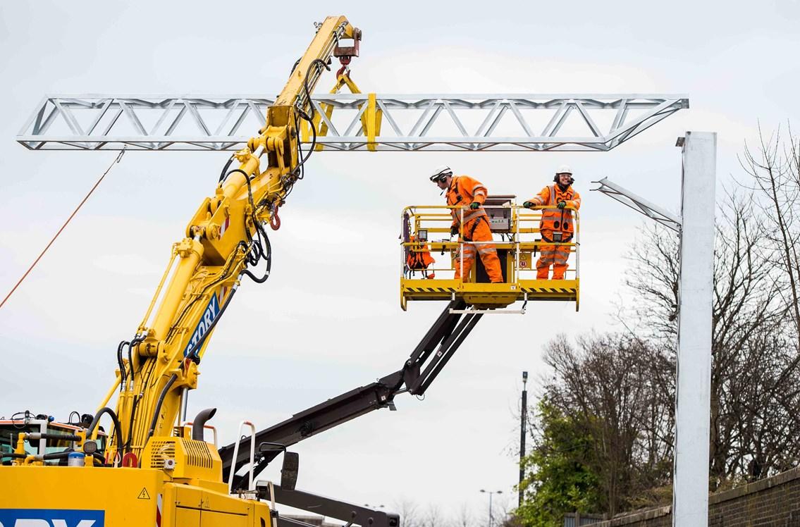 Stirling-Dunblane-Alloa electrification means changes for Central Belt travellers: Alloa overhead line works 1