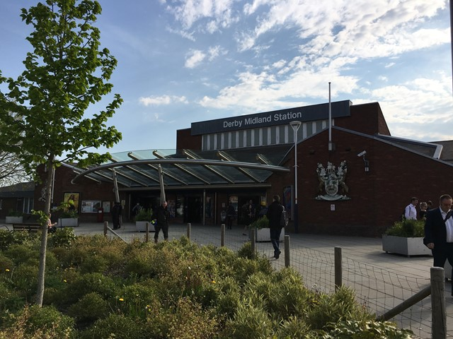 The countdown is on! – Summer timetables for Crewe passengers released 100 days ahead of huge railway upgrade: The countdown is on! – Summer timetables for Crewe passengers released 100 days ahead of huge railway upgrade