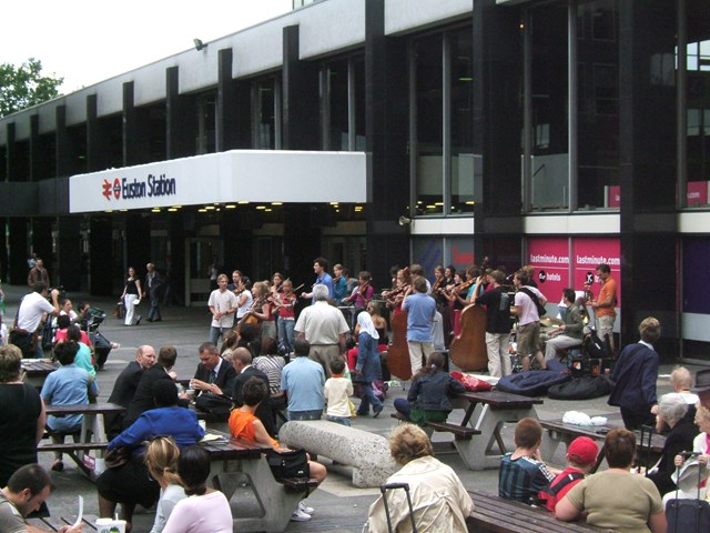Ricciotti Ensemble, Euston Station: The Ricciotti Ensemble performing at Euston Station as part of their 'Metropole Tour' on Wednesday 2 August 2006.
