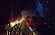 SE Route Easter-Sevenoaks: Unloading shingle to bury the drainage pipes in Sevenoaks Tunnel