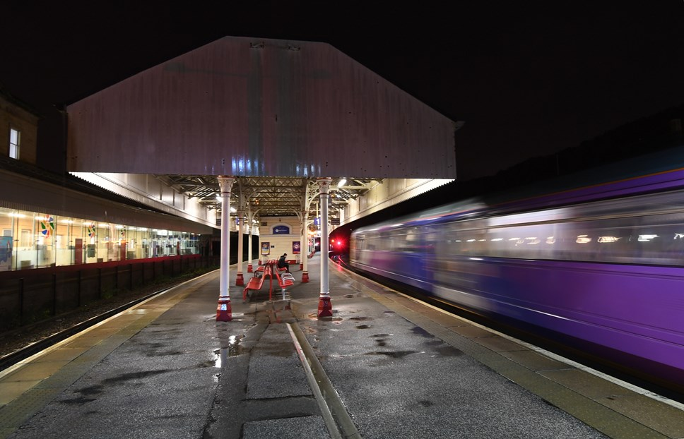 RDG comment on Northern franchise change: Northern train at Halifax station