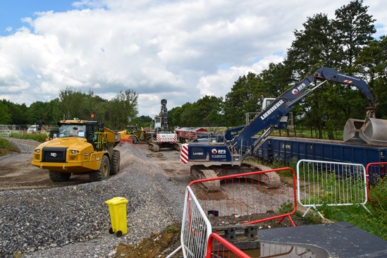 HS2 takes extra 24,000 HGVs off Bucks roads as new rail freight depot opens: HS2 railhead in Calvert enables construction materials to be delivered to site by rail_HS2-VL-27291-DSC 0043