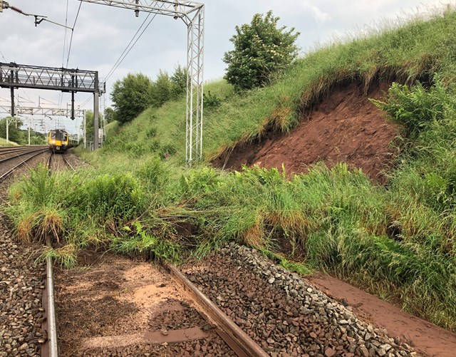 Emergency landslip repairs between Stafford and Crewe continue tonight: Landslip near Whitmore, Staffordshire-4