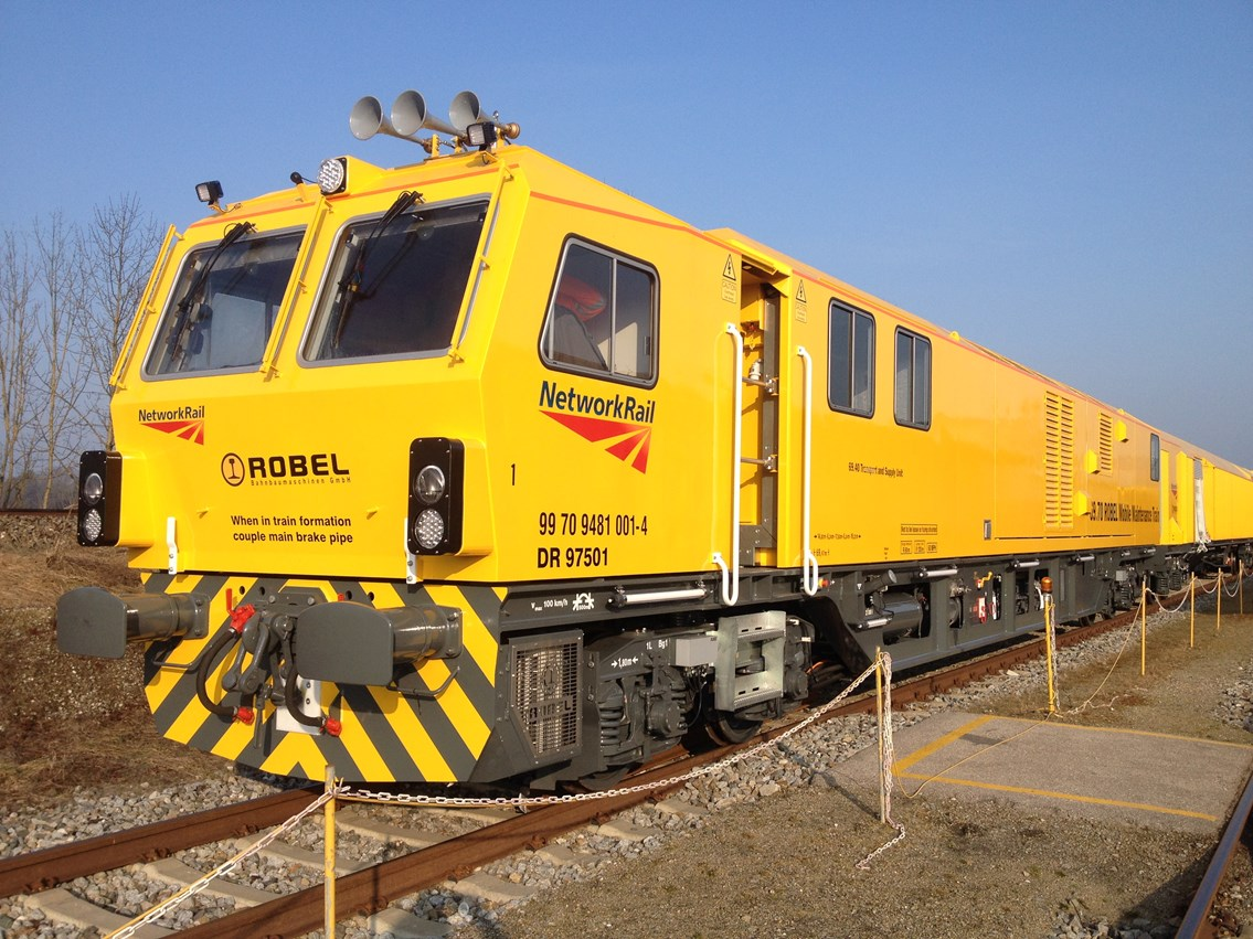 Britain's first 'workshop on wheels' set to revolutionise railway maintenance: Mobile Maintenance Train (MMT) - 1