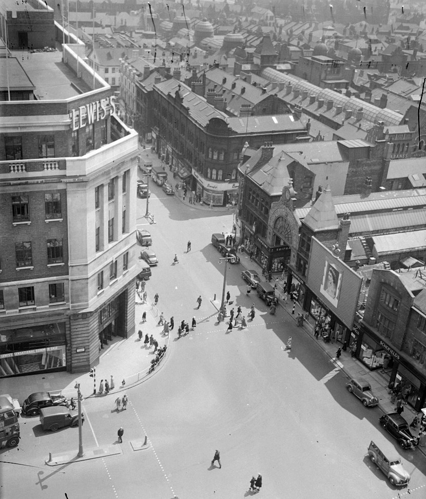 Historic photos show how Leeds became top of the shops: leedm.p.2010.1.3282t-174840.jpg