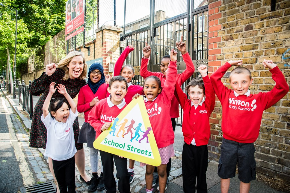 Islington becomes first borough to publish air quality data for all schools: Pupils at Winton Primary School celebrate Islington's 10th School Street, which was launched in June 2019