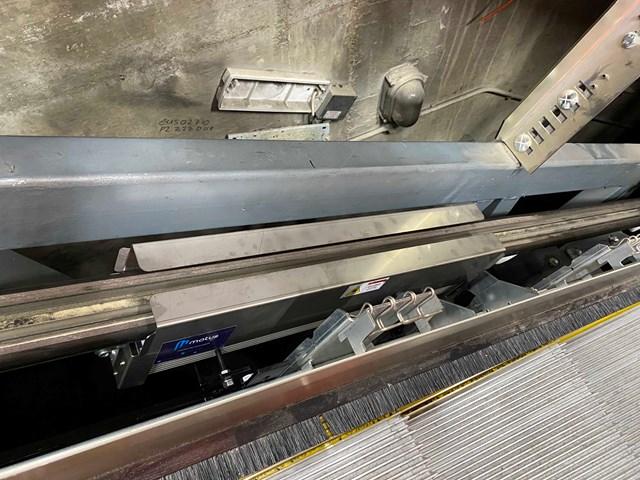UV handrail sanitiser installation 4