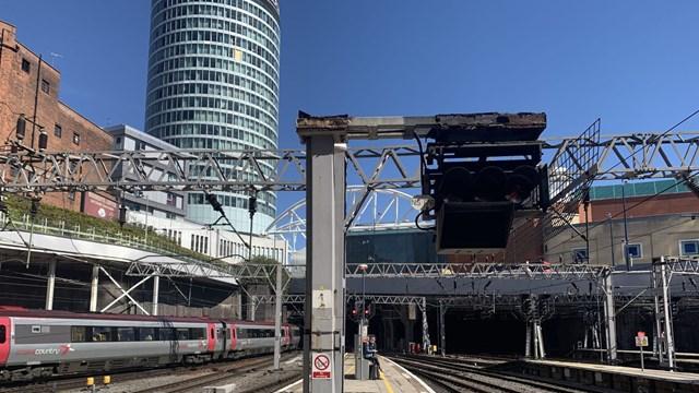 Birmingham New Street platform changes during signalling overhaul: Birmingham New Street signal-3
