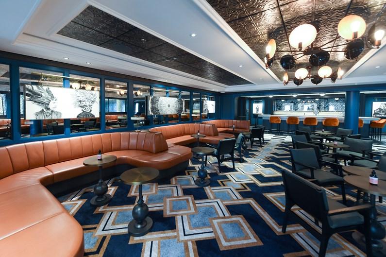 Saga Cruises' Spirit of Adventure - North Cape Bar (2)