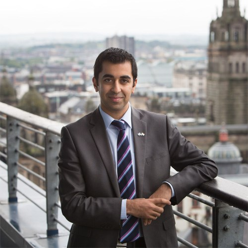 Strengthening Scotland's India links: External Affairs Minister Humza Yousaf meets Indian students studying at Strathclyde University and announces he will visit India to strengthen Scotland's links with the country.<br /><br />Photographer - <br />Ashley Coombes<br />07887676002<br />