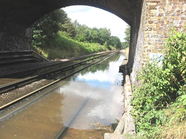 Passengers reminded to check before they travel ahead of railway upgrade in Fulwell: Fulwell flooding - Image 2