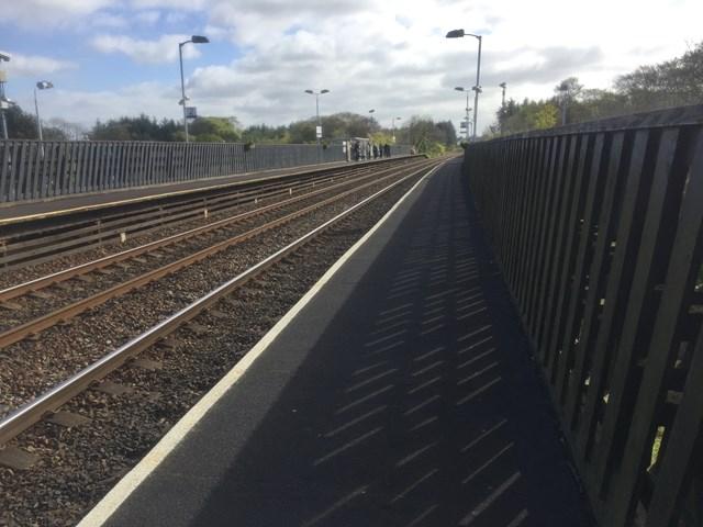 Livingston South station platforms