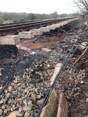 URGENT RAIL UPDATE – 7am Tuesday 18 February: Some lines reopen but customers should still expect service delays and cancellations to continue today, Tuesday 18 February: Abergavenny