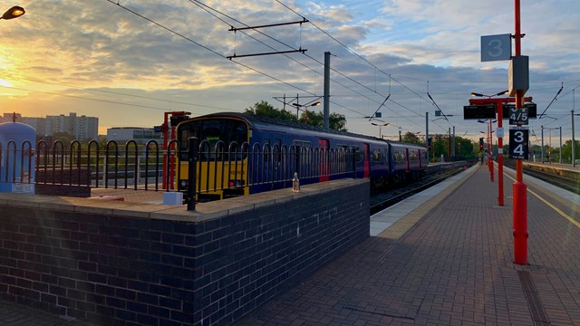 Wigan North Western station platforms