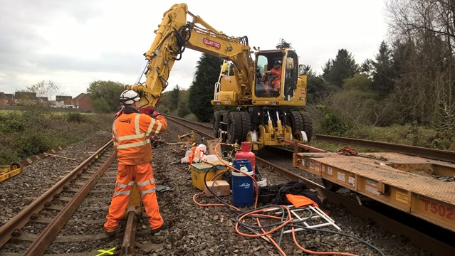 Network Rail and Arriva Trains Wales thank passengers as railway reopens between Swansea and Carmarthen: Swansea - Carmarthen Urgent Track Repairs October 2017