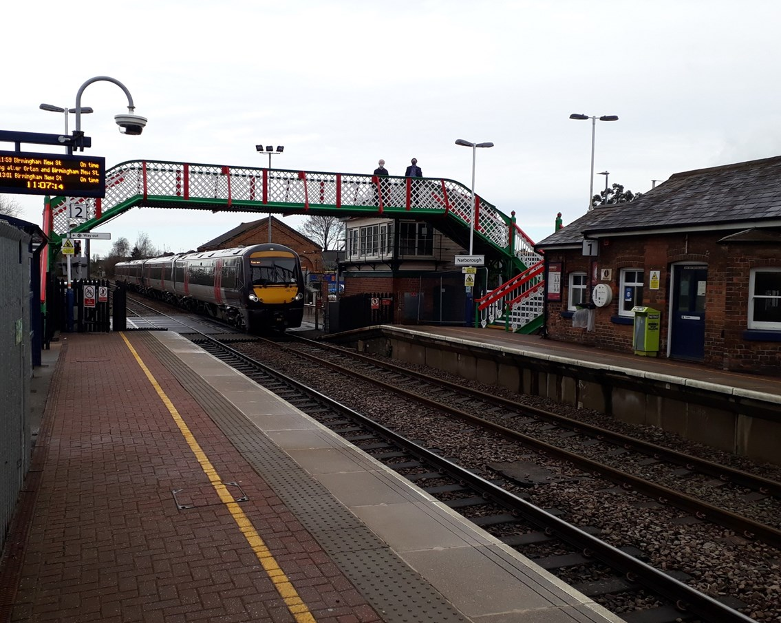 As good as new – Leicestershire station footbridge reopens for passengers as Network Rail completes major refurbishment: Narborough station footbridge reopens for passengers