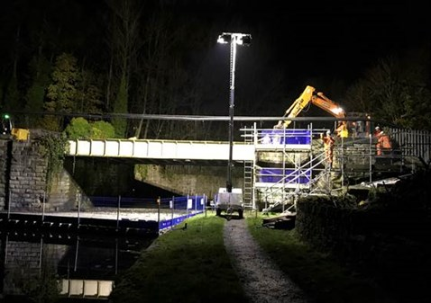 Burnley canal bridge night-2