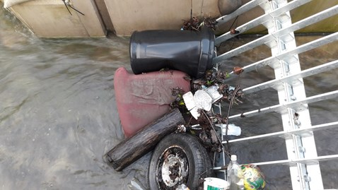 Fly Tipping has increased the risk of flooding at Corsham aqueduct