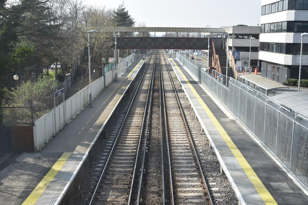 Longer platforms for longer trains: Network Rail completes Bracknell and Wokingham station upgrades: Bracknell Station - 2
