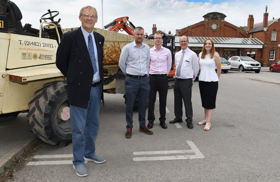 (L to R) Councillor Chris Matthews,  East Riding of Yorkshire Council, Glenn Smurthwaite, PBS Construction, Mark Brooks, PBS Construction, Mark Sill, Northern and Nicola Butterworth Network Rail