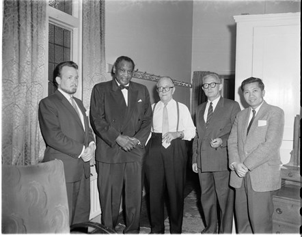 Paul Robeson concert at Reading Town Hall, May 1960.: ©copyright Reading Museum/Reading Borough Council All Rights Reserved