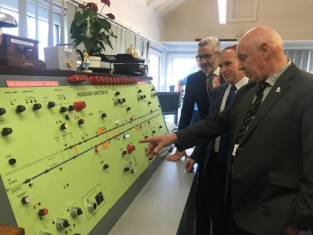 Local MP and councillors visit signal box as upgraded signalling is delivered in Cornwall providing benefits for passengers: Cornwall Roskear