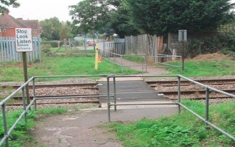 Residents in Woburn Sands invited to find out more about plans for school railway crossing: Woburn Sands School Lane foot crossing