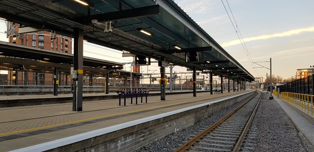 Network Rail releases images of brand-new platform at Leeds station
