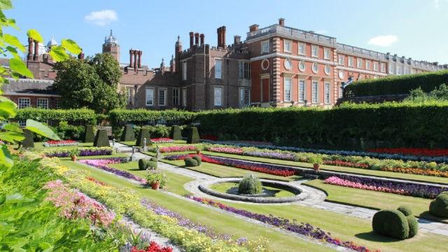 London gets the royal treatment: 98317-640x360-kensington-sunken-garden-640.jpg