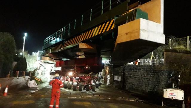 Network Rail teams replace Wakefield railway bridge in major upgrade