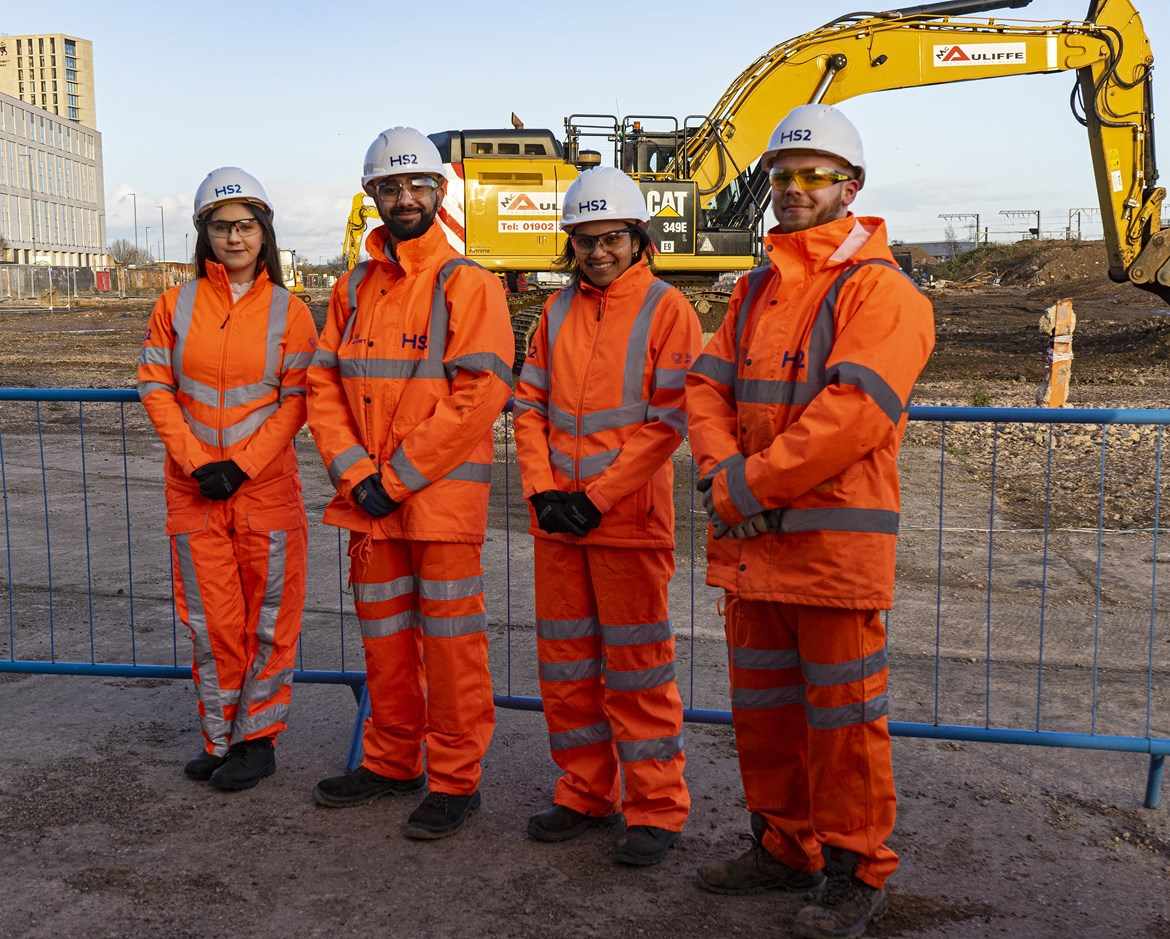 HS2 welcomes over 400 apprentices onto the project: HS2 jobs boost