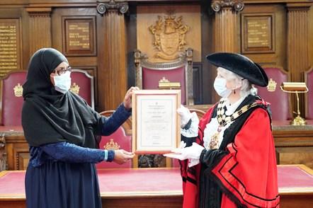 Jamad Abdi: Jamad Abdi receiving her Civic Award from Islington Mayor Cllr Janet Burgess