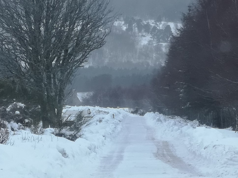 snow amber weather warning