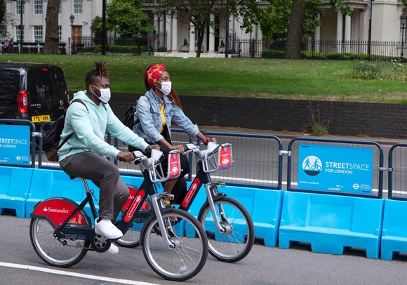 TfL Press Release - New TfL data shows significant increase in walking and cycling since the pandemic started: TfL Image - Park Lane, Santander Cycles