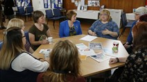 Maureen Watt - Mental Health Strategy launch: Meeting with serviuce users and staff at the Edinburgh Mental health Information Station