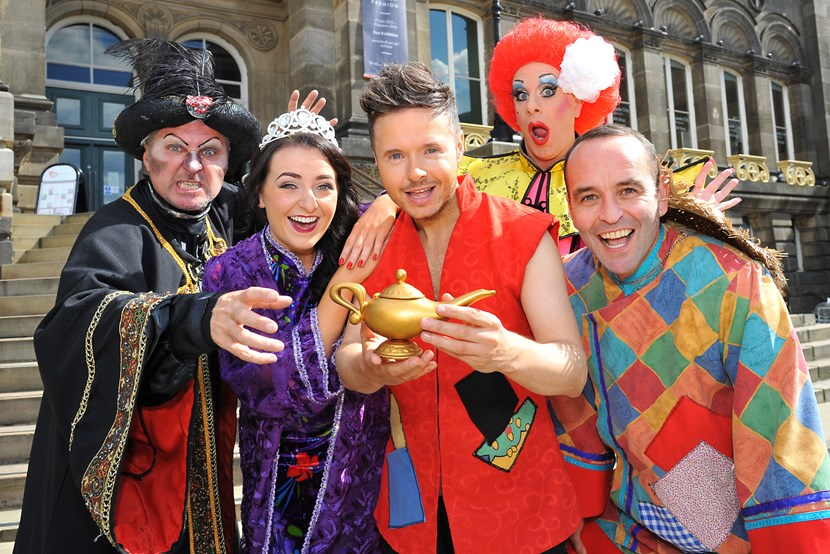 Stars come out for magical launch of Aladdin at Carriageworks Theatre: dsc_0587.jpg