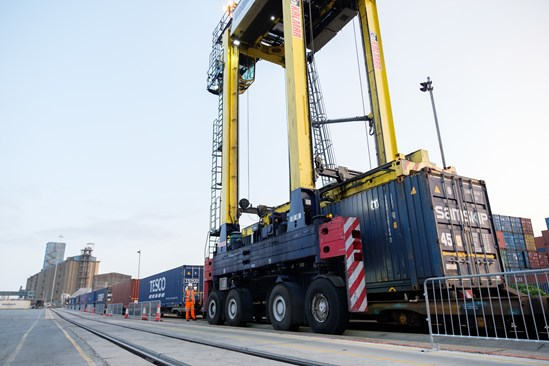 Port of Tilbury October 2020: Credit: HS2 Ltd HS2 will enable growth in rail freight usage at UK ports.