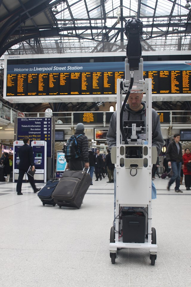Google Street View at Liverpool Street Station