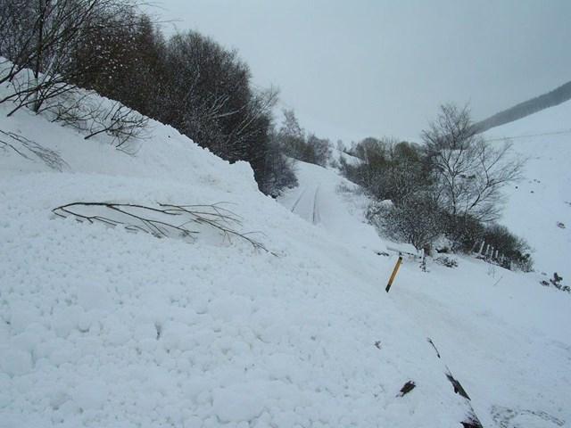 snow covered railway (3)