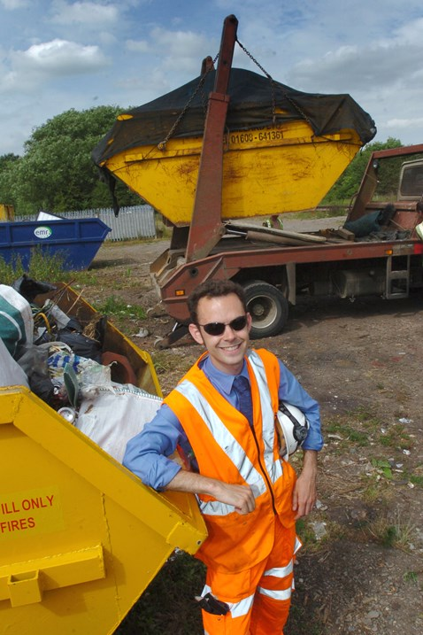 Rubbish haul after Banbury railway clean-up (2)