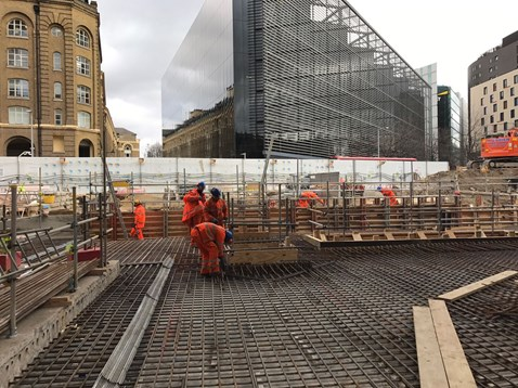 Constructing the final section of the new concourse at London Bridge